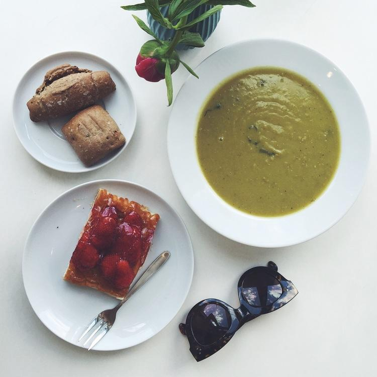 Home-made soup and fresh baked goods at Flamingo Fresh Food Bar.